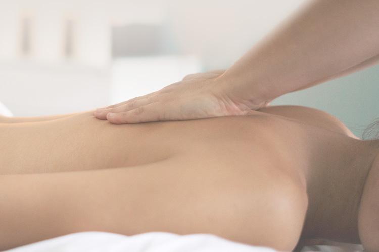 Mariella Di Fano - Trattamenti olistici Massaggio Lomi Lomi a Milano
